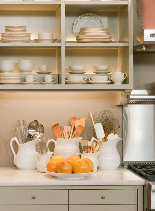 北欧キッチンカ用品収納例