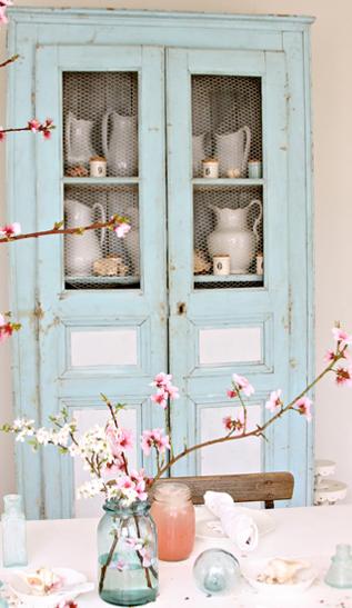 桜の枝飾り方北欧テーブル