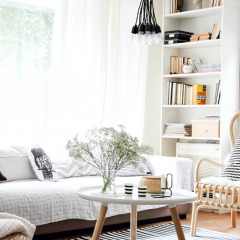 北欧リビングルームおしゃれな家具レイアウト実例画像