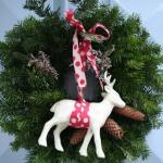 北欧の手作りクリスマスリース玄関飾りの作り方