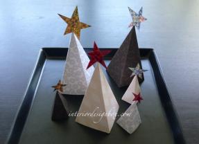 手作りクリスマスツリー立体的でおしゃれに飾れる