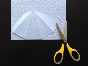 簡単紙卓上ツリー作り方