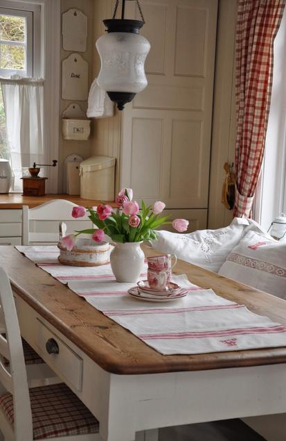 北欧インテリア春キッチンダイニング