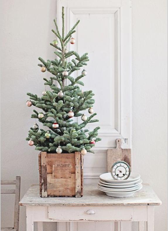 北欧クリスマスツリー飾り方